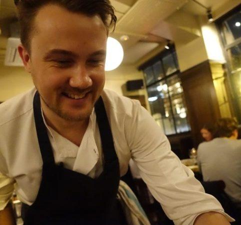 andy-hayler-brat-chef-serving-turbot-w709-h532-min
